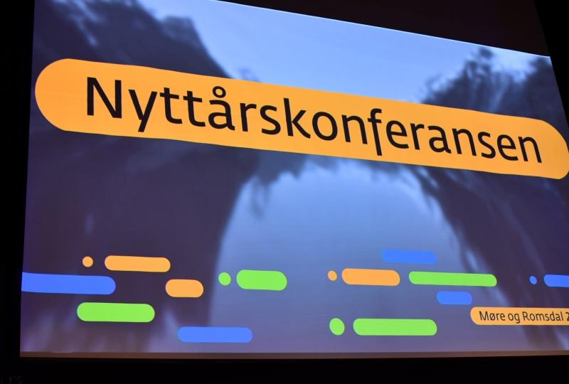 Bilde av ein presentasjon av Nyttårskonferansen.