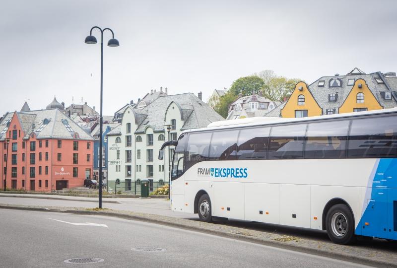 bilde av buss i ålesund
